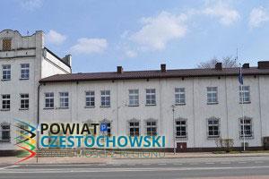 Siedziba Urządu Miasta w Blachownia - Paweł pbm Szubert (talk) / Wikipedia / GFDL