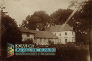 Radoszewnica - Dwór Ostrowskich - Archiwum Państwowe w Łodzi / Wikipedia / CC0