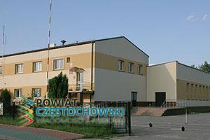 Urząd Gminy i OSP w Starczy - Przykuta / Wikipedia / CC BY-SA 3.0