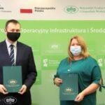 Blachownia z umową o dofinansowanie na termomodernizację bloków w Łojkach.