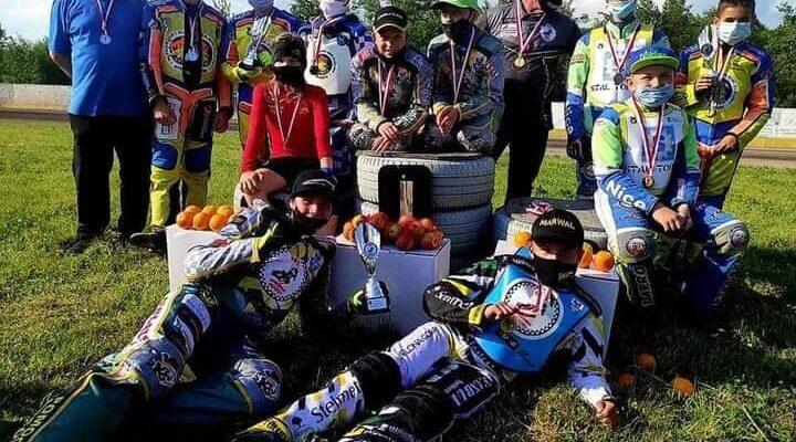 UKS Speedway niedał szans rywalom wturnieju oPuchar Wójta Gminy Rędziny