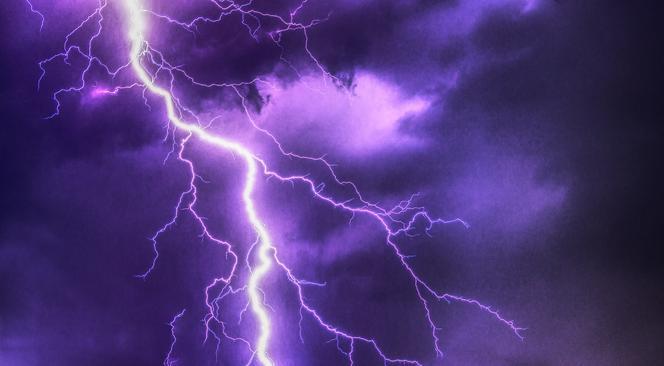 IMGW wydał ostrzeżenie o burzach z gradem