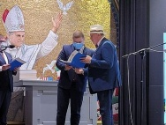 Dyplomy za Zasługi dla Rozwoju Turystyki rozdane
