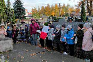 """Akcja MEN """"Szkoła pamięta"""" wZSP nr2 wRędzinach"""